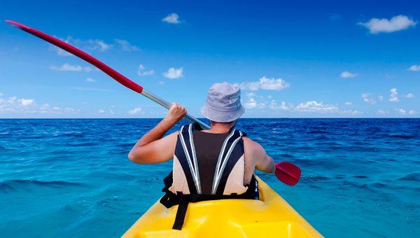 Practicar kayak en Mare Nostrum