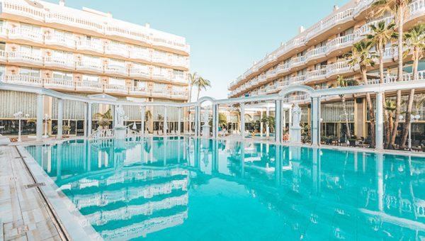 Piscina Hotel en Tenerife Cleopatra