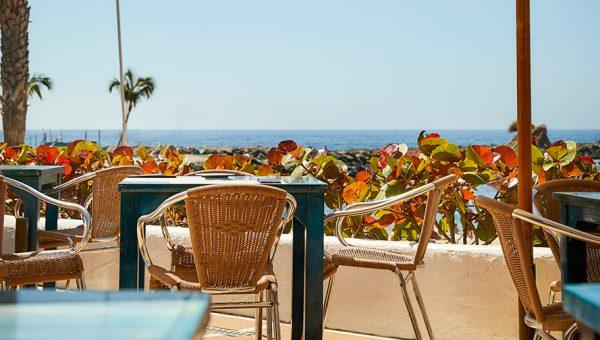 Restaurante vistas al mar La Palapa