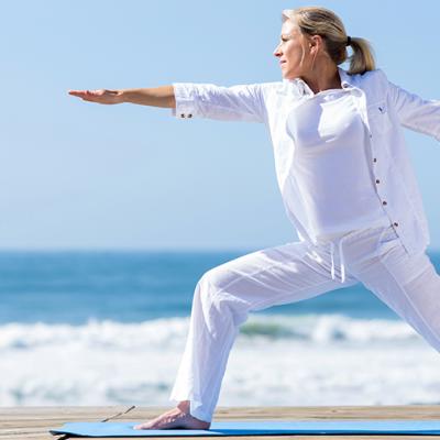 Yoga en la Playa Tenerife con Hotel Mare Nostrum