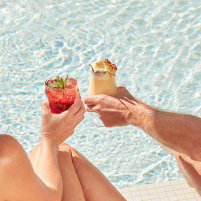Cocktail en la piscina Hotel Mare Nostrum